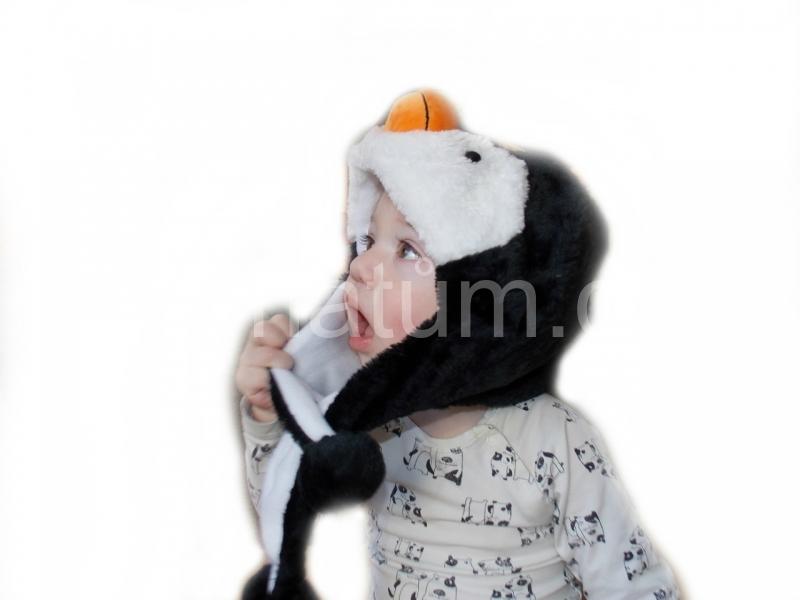 Kojenecká čepička se zvířecím motivem Motiv Tučňák